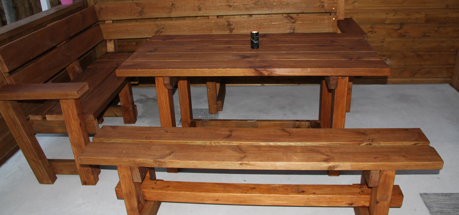 Corner Bench and Table Set 2